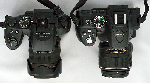 Finepix HS30EXRとD5300