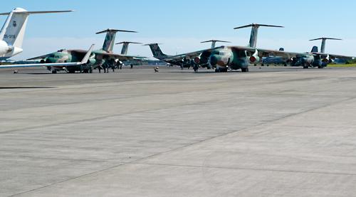 C-1駐機