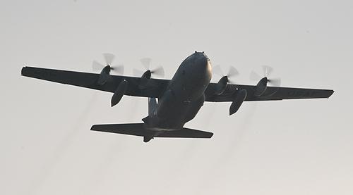 横田C-130