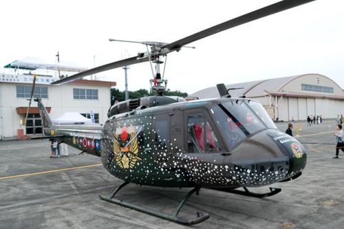 記念塗装UH-1