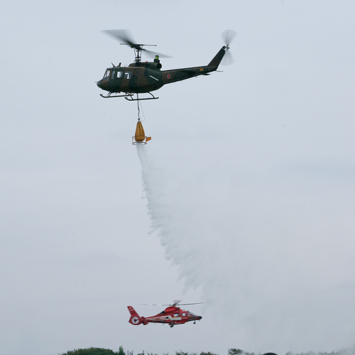 UH-1消火
